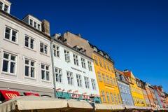 Widok Sławny Nyhavn w lecie, Kopenhaga, Dani data: Wrzesień 2016 Obrazy Stock