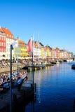 Widok Sławny Nyhavn w lecie, Kopenhaga, Dani data: Wrzesień 2016 Obraz Stock