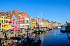 Widok Sławny Nyhavn w lecie, Kopenhaga, Dani data: Wrzesień 2016 Obrazy Royalty Free