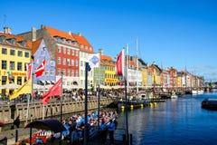 Widok Sławny Nyhavn w lecie, Kopenhaga, Dani data: Wrzesień 2016 Obraz Royalty Free