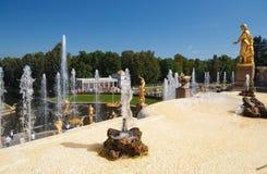 Widok Samson fontanna od tarasu obrazy stock