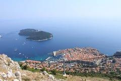 Widok schronienie Dubrovnik od wzrosta kablowy lifter zdjęcia stock