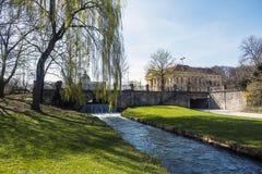 Widok Schwabinger Bach przy Englischer Garten w Monachium Obraz Royalty Free