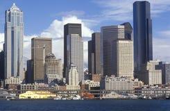 Widok Seattle linia horyzontu od promu na Puget Sound, WA Obraz Royalty Free