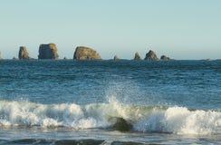 Widok skały w oceanie od Drugi plaży Zdjęcie Royalty Free