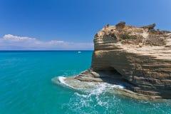 Widok skała w morzu w Sidari na Corfu Fotografia Royalty Free