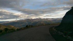 Widok snowcapped droga Colca jar i góry, Peru Zdjęcia Stock