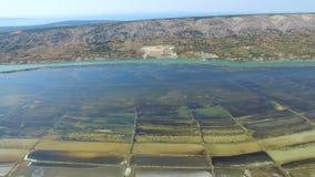 360 widok solankowe niecki otaczać morzem i górami Pag wyspa, Chorwacja zdjęcie wideo