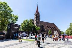 Widok St Jakob kościół w starej grodzkiej części Nuremberg Obrazy Stock