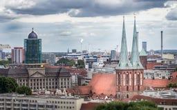 Widok St Nicholas kościół Nikolaikirche fotografia stock