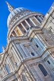 Widok St Pauls Katedralny Londyński Anglia zdjęcie royalty free