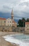 Widok Stary miasteczko Budva w zimie Montenegro zdjęcia stock