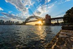 Widok Sydney opera Bridżowy Sydney Australia przy zmierzchem I schronienie Obrazy Stock
