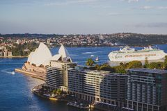 Widok Sydney schronienie Quay z Sydney operą H i kurenda obrazy royalty free