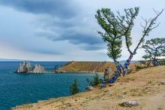 Widok szaman skała baikal jeziora baikal jezioro olkhon Rosji wyspy Rosja Fotografia Royalty Free
