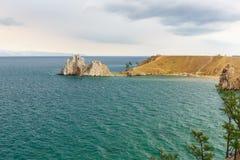 Widok szaman skała baikal jeziora baikal jezioro olkhon Rosji wyspy Rosja Zdjęcia Royalty Free