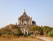 Widok Thatbyinnyu świątynia w Bagan, Myanmar Obraz Stock