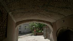 Widok ulica od tunelu zbiory