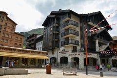 Widok Val d ` Isere, ośrodek narciarski w Francja Zdjęcia Stock