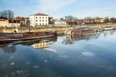 Widok Vistula rzeka w historycznym centrum miasta Vistula jest długim i wielkim rzeką w Polska Zdjęcie Royalty Free