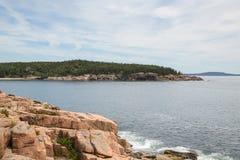 Widok w kierunku Newport zatoczki w Acadia parku narodowym Obraz Royalty Free