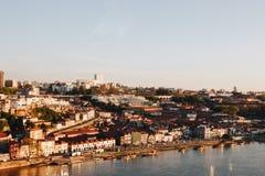Widok w kierunku wino lochów Porto Zdjęcie Stock
