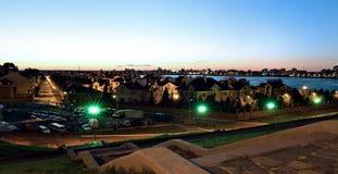 Widok wioska Oilmens w Kazan przy nocą zdjęcia royalty free