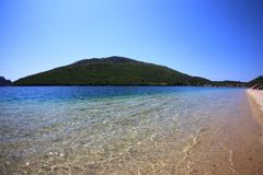 Widok woda i zielona góra Sithonia Obraz Royalty Free