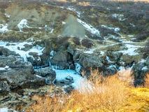 Widok wokoło Hraunfossar siklawy, Iceland obraz stock