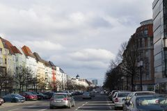 Widok wzdłuż Berlińskiego bulwaru w kierunku zwycięstwo kolumny i rewolucjonistka TownhallView wzdłuż Berlińskiego bulwaru w kier Obrazy Stock