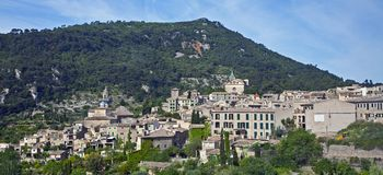 Widok wzgórza i doliny w Valldemosa zdjęcie royalty free
