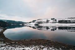 Wzgórza zakrywający z śniegiem w zimie Zdjęcie Royalty Free