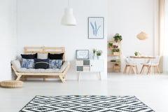 Widok żywy pokój Zdjęcie Royalty Free