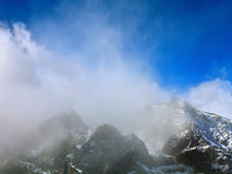Widok z lotu ptaka śnieżny halny szczyt Obrazy Stock
