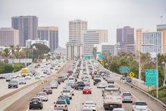Widok z lotu ptaka śródmieście i autostrada obraz stock