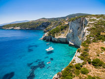 Widok z lotu ptaka Agios Nikolaos błękita jamy w Zakynthos Zante Fotografia Royalty Free