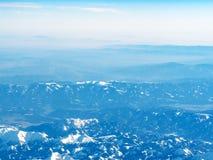 widok z lotu ptaka Alps pasmo górskie od samolotu obraz stock