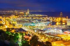 Widok z lotu ptaka Barcelona przy nocą, Catalonia, Hiszpania Zdjęcia Royalty Free