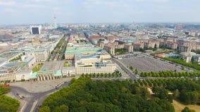 Widok z lotu ptaka Berlińska linia horyzontu od Czerwa 17 drogi, Niemcy Zdjęcie Royalty Free