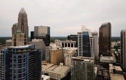 Widok Z Lotu Ptaka budynki na Charlotte Pólnocna Karolina i dachy zdjęcie stock