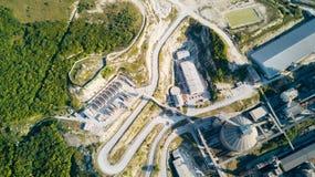 Widok z lotu ptaka cementowy zakład produkcyjny Pojęcie budynki przy fabryką, stalowe drymby, giganty fotografia royalty free