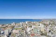 Widok Z Lotu Ptaka Comodoro Rivadavia miasto, Argentyna Zdjęcia Royalty Free