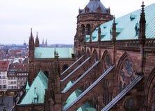 Widok z lotu ptaka część Strasburg w Francja od Notre-Dame de Strasburg katedry zdjęcie royalty free