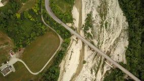 Widok z lotu ptaka długi most w Włochy zdjęcie wideo