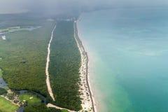 Widok z lotu ptaka denny wybrzeże blisko Cancun, Mexi zdjęcie stock