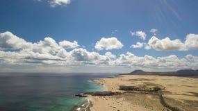 Widok z lotu ptaka droga, pustynia, wybrzeże Obraz Stock