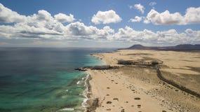 Widok z lotu ptaka droga, pustynia, wybrzeże Zdjęcie Stock