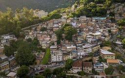 Widok z lotu ptaka Favela w Cosme Velho w Rio De Janeiro, Brazylia obraz stock