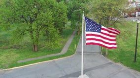 Widok z lotu ptaka flagi ameryka?skiej dmuchanie w wiatrze