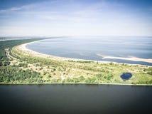 Widok z lotu ptaka frajera łabędź i Vistula rzeczny usta morze bałtyckie fotografia stock